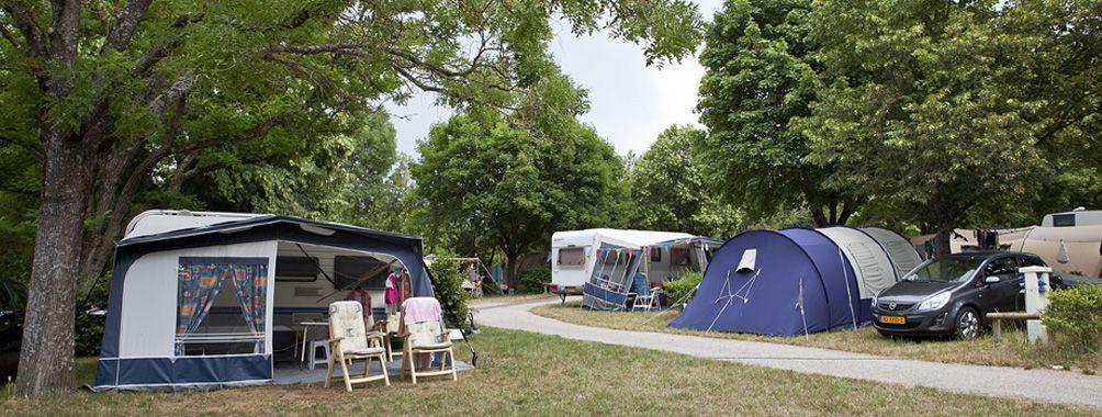 caravane-camping-die-drome